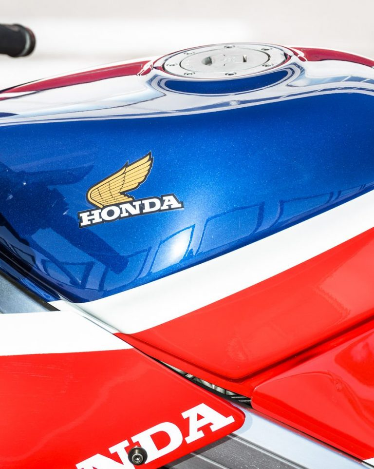27 NEC Honda VFR HRC Tribute