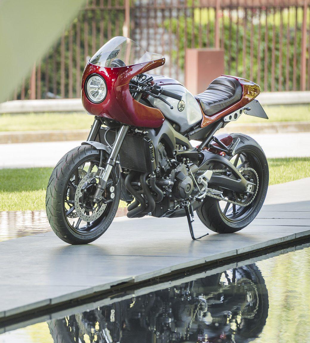 002 NEC YamahaXSR900 FRD4986